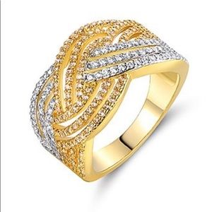 Cubic Zirconia two-tone cocktail ring